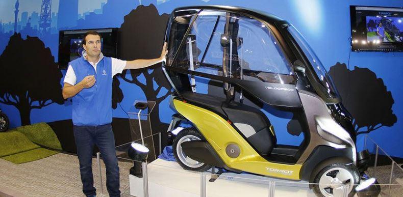 su Velocípedo eléctrico de tres ruedas