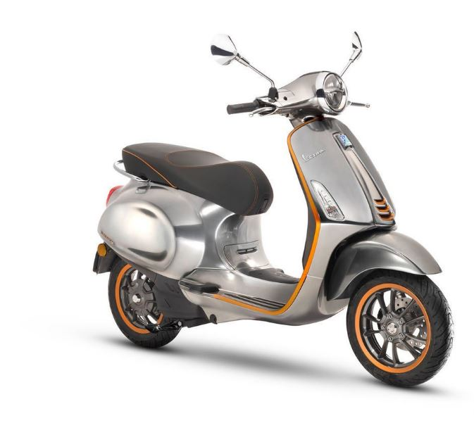 Motocicleta Vespa en versión eléctrica